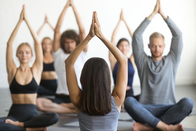 Rehmer_Fitness_Stellenangebot_Yogalehrer